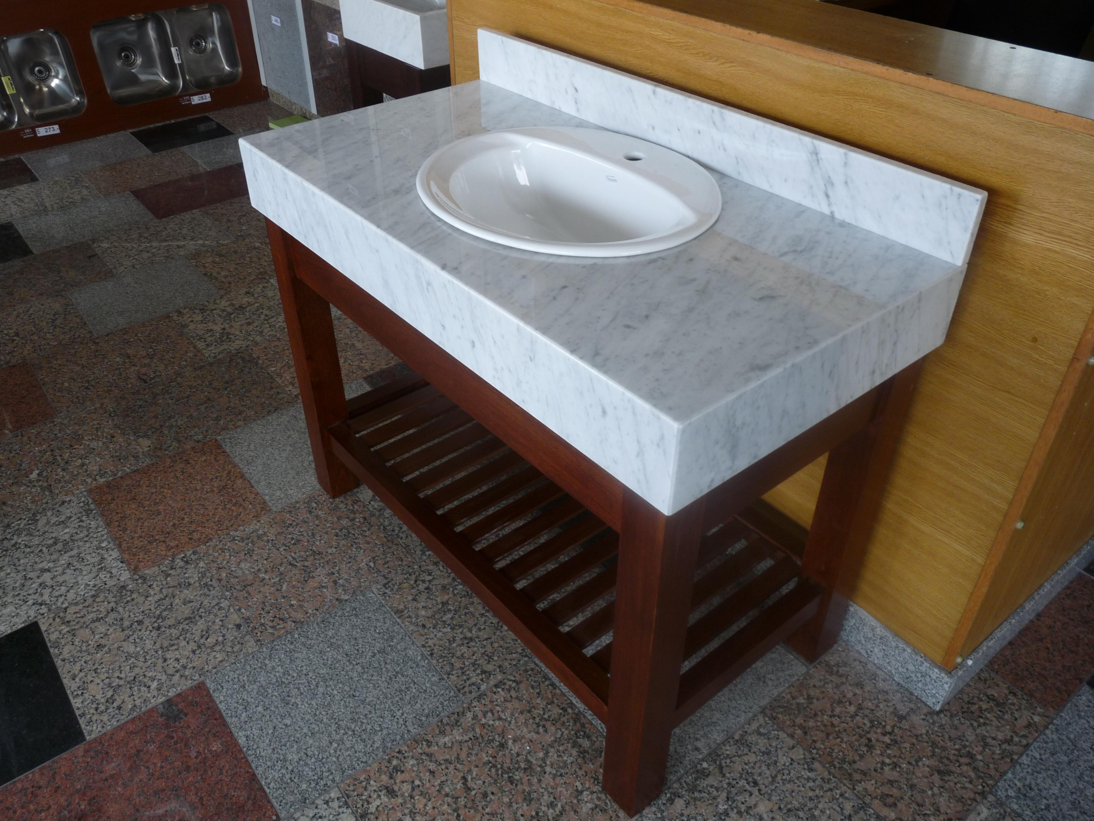 Fotos de ba os m rmoles roa for Imagenes de mesadas de marmol